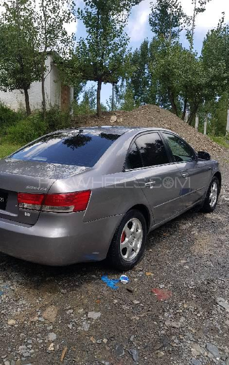 Hyundai Sonata 2007 Image-1