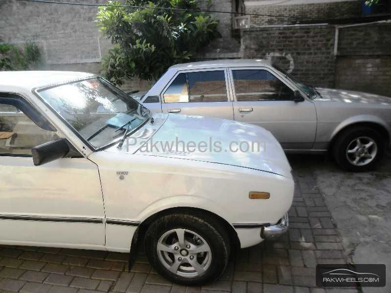 toyota corolla 1979 for sale in islamabad pakwheels. Black Bedroom Furniture Sets. Home Design Ideas