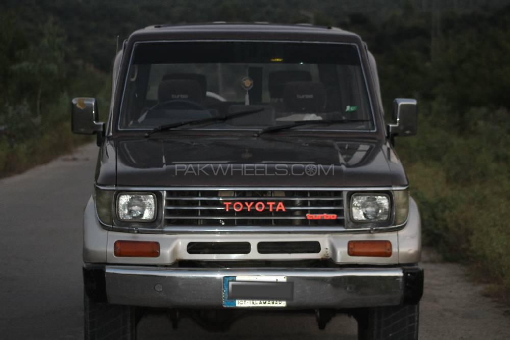 ٹویوٹا لینڈ کروزر 1990 Image-1