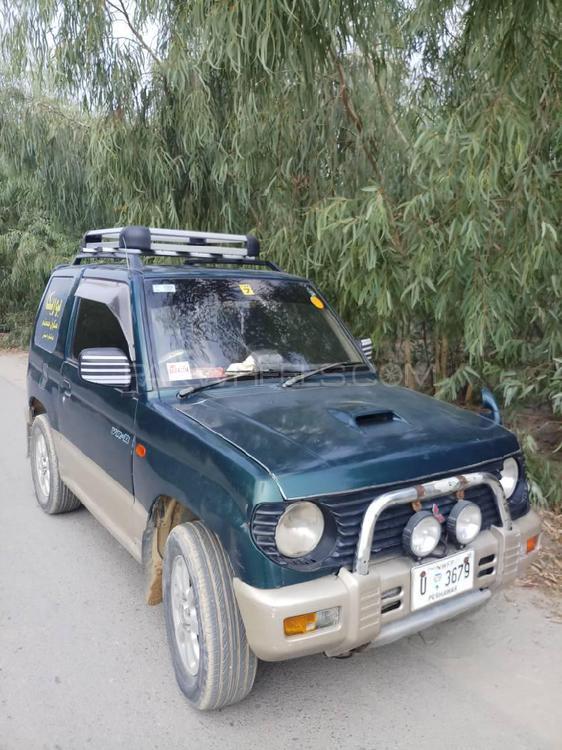 Mitsubishi Pajero Mini ZR 1995 Image-1