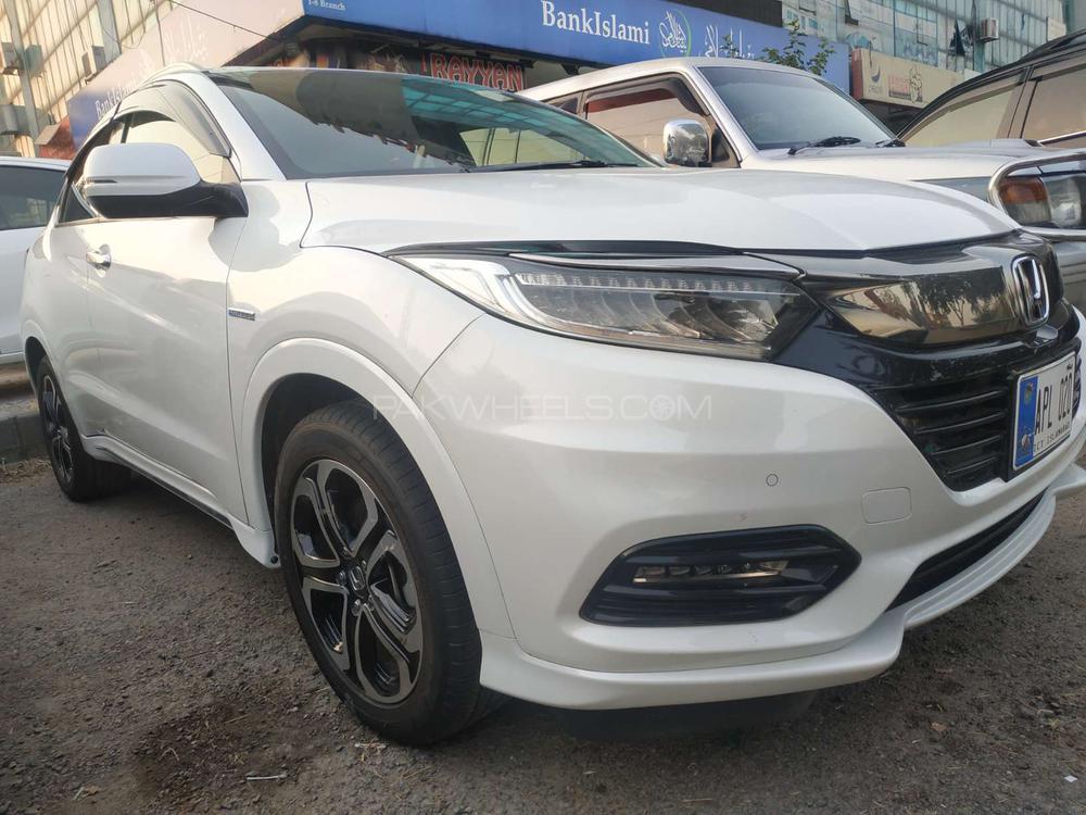 Honda Vezel Hybrid Z 2019 Image-1