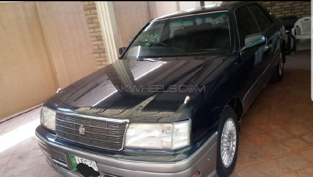 Toyota Crown 1996 Image-1