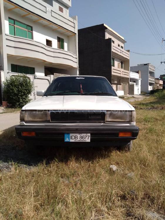 نسان سنی IDLX 1987 Image-1