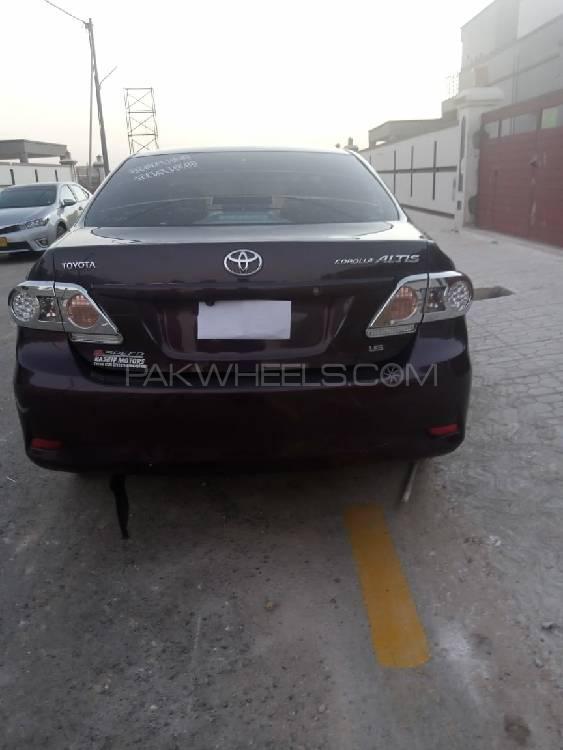 Toyota Corolla Altis 1.6 2012 Image-1