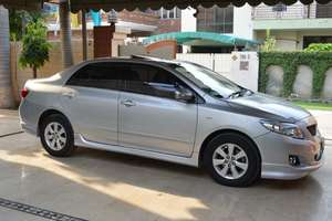 Used Toyota Corolla Altis SR Cruisetronic 1.8 2010