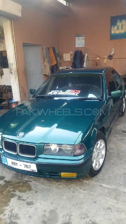 BMW 3 Series 316i 1997 Image-1