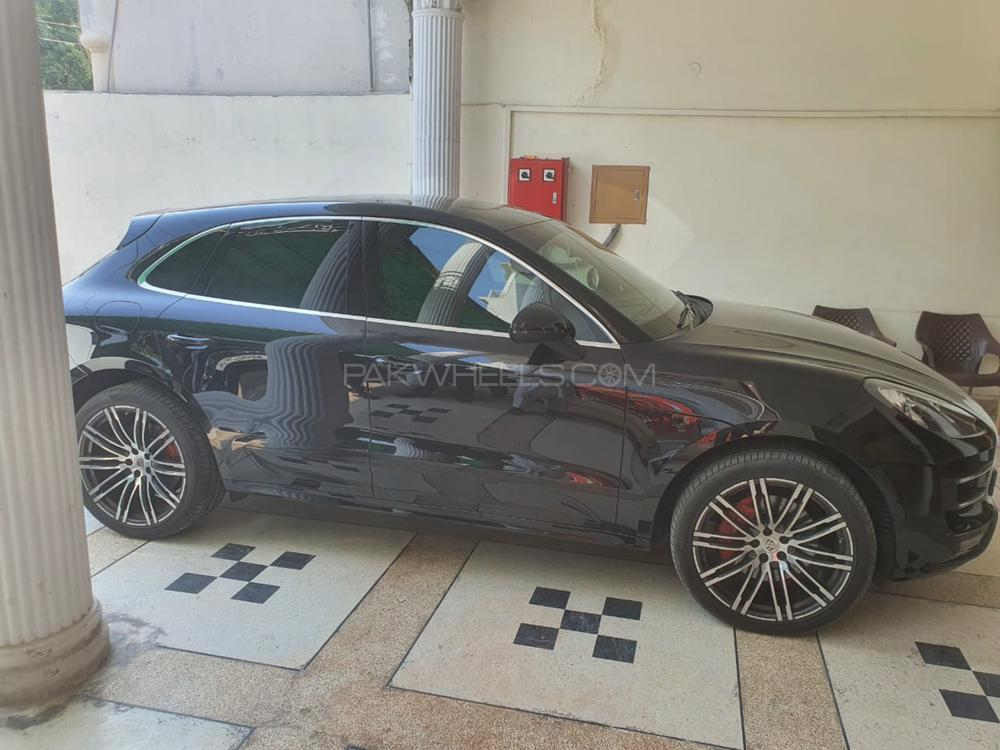 Porsche Macan Turbo Perfomance Package 2016 Image-1
