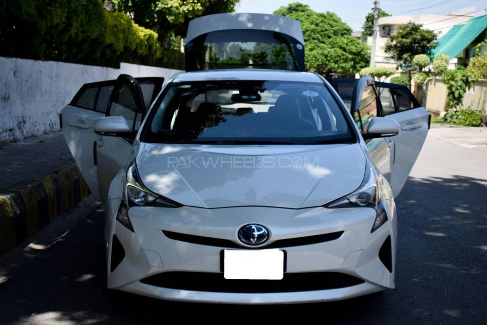 Toyota Prius A Touring Selection 2015 Image-1