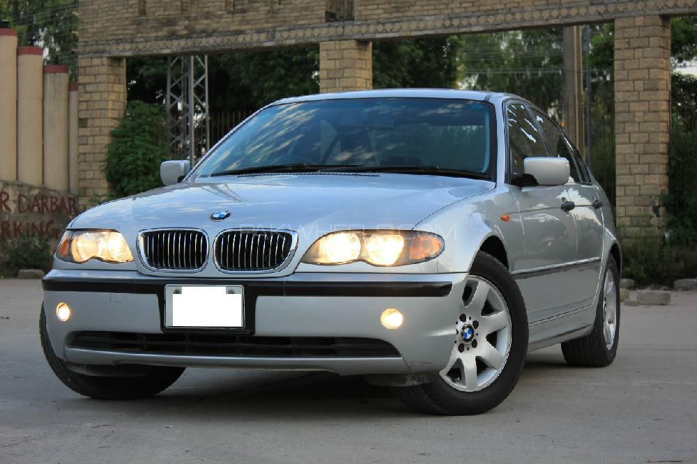 BMW 3 Series 318i 2004 Image-1