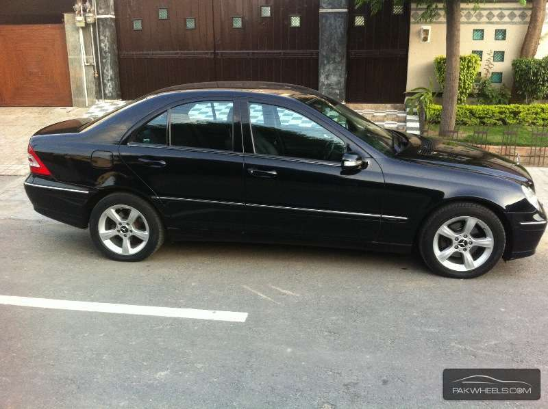 mercedes benz c class c180 2006 for sale in faisalabad pakwheels. Black Bedroom Furniture Sets. Home Design Ideas