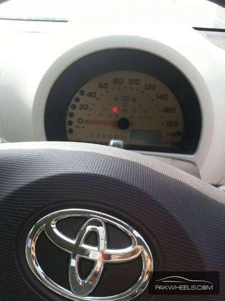 Toyota Passo 2011 Image-9