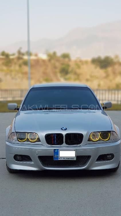 BMW 3 Series 325i 2000 Image-1