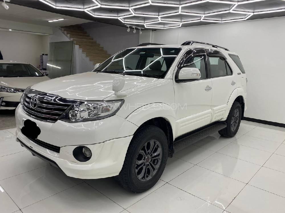 Toyota Fortuner TRD Sportivo 2015 Image-1