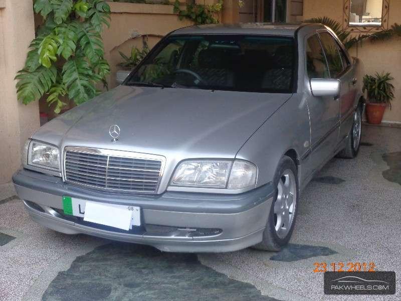 Mercedes benz c class c180 cgi 1999 for sale in islamabad for Mercedes benz c class 1999 for sale