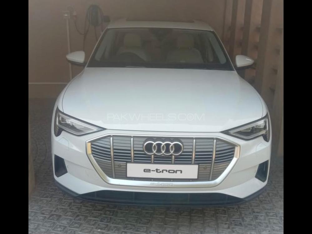 Audi e-tron 2021 Image-1