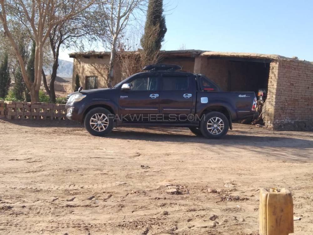 Toyota Hilux Vigo Champ GX 2012 Image-1