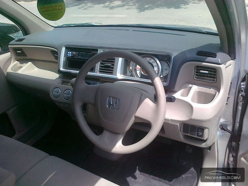 Honda Life Diva 2011 Image-5