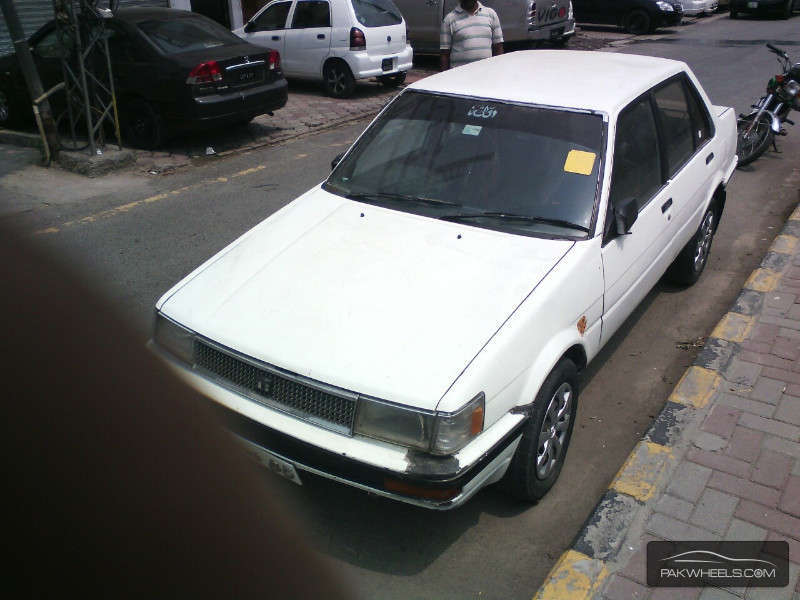 used toyota corolla 1985 car for sale in islamabad 894472 pakwheels. Black Bedroom Furniture Sets. Home Design Ideas