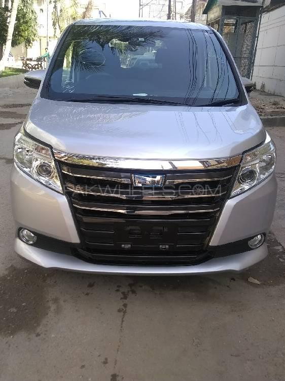 Toyota Noah X SPECIAL EDITION 2015 Image-1