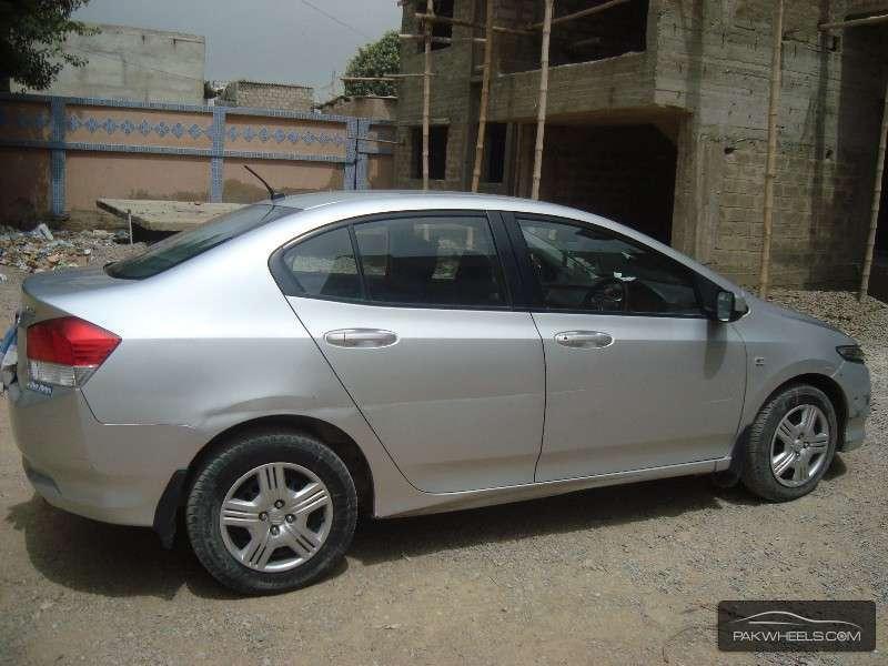 Used Honda City i-VTEC 2010 Car for sale in Karachi ...