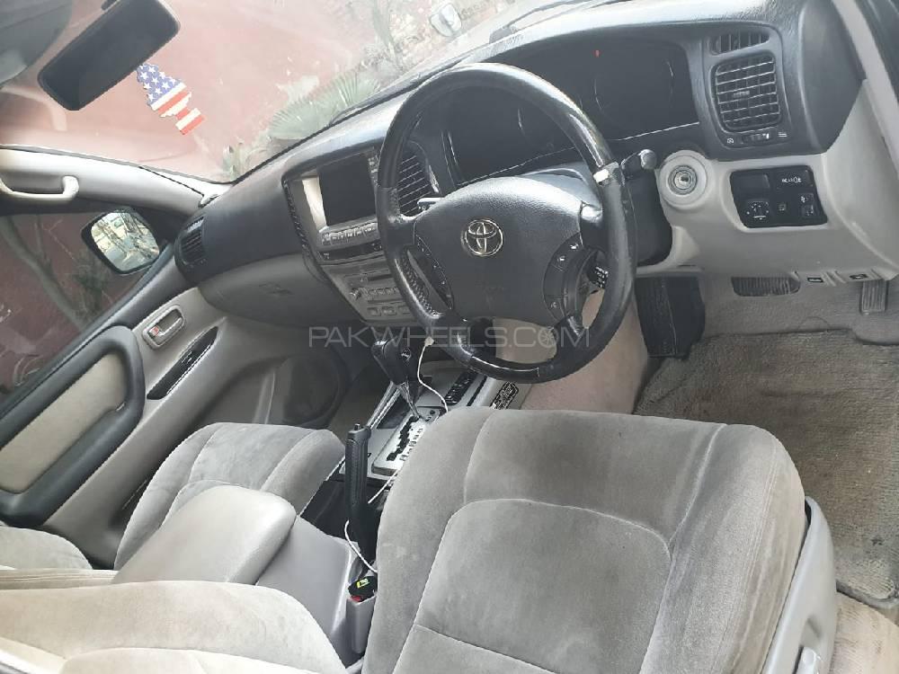 Toyota Land Cruiser VX Limited 4.7 2001 Image-1