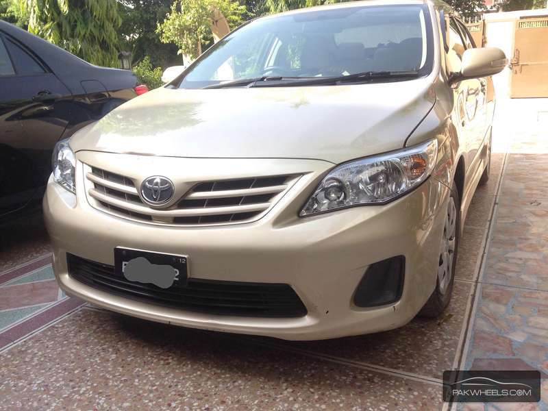 used toyota corolla gli vvti 2012 car for sale in faisalabad 899362 pakwheels. Black Bedroom Furniture Sets. Home Design Ideas