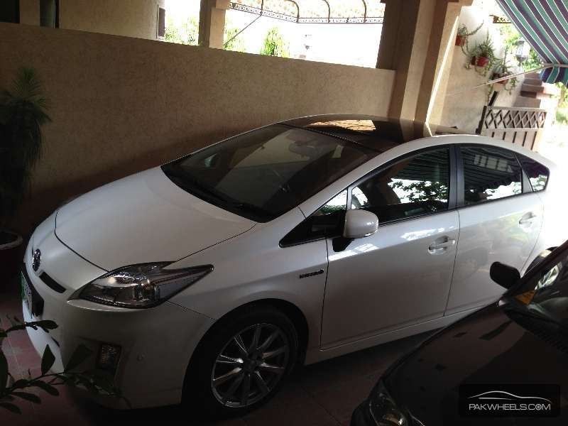 Toyota Prius G Touring Selection Leather Package 1 8 2010