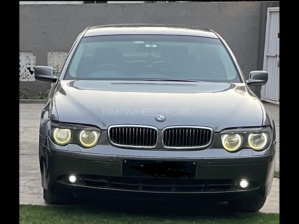 BMW 7 Series 730d 2004 Image-1