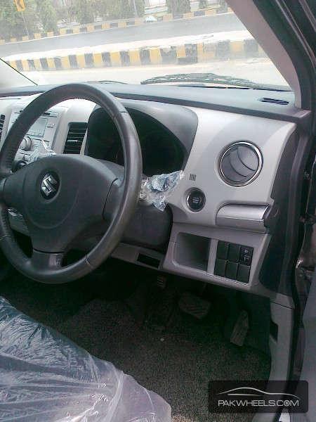 Suzuki Wagon R Limited 2010 Image-3