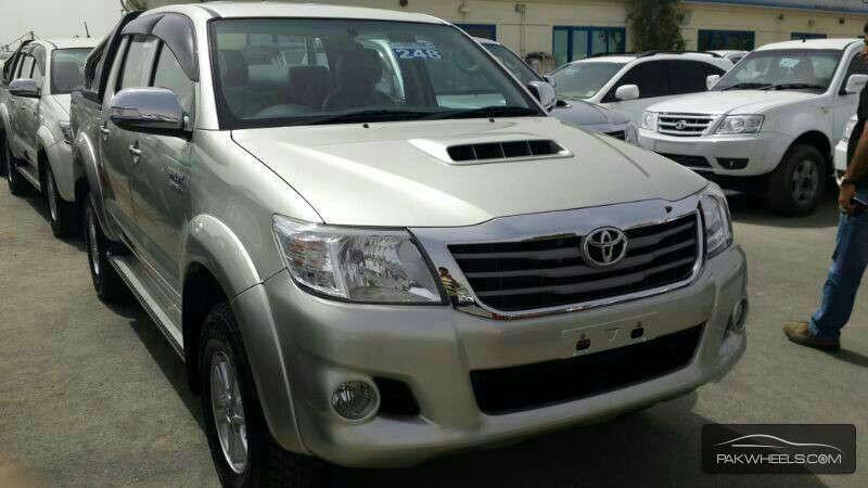 2013 Toyota Hilux Vigo Champ Prices In Pakistan Cars New Cars Car