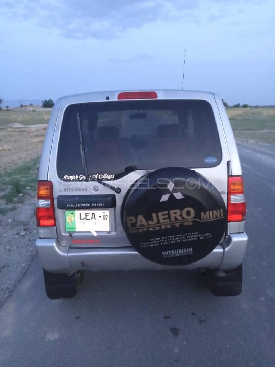 Mitsubishi Pajero Mini Limited 2003 Image-1