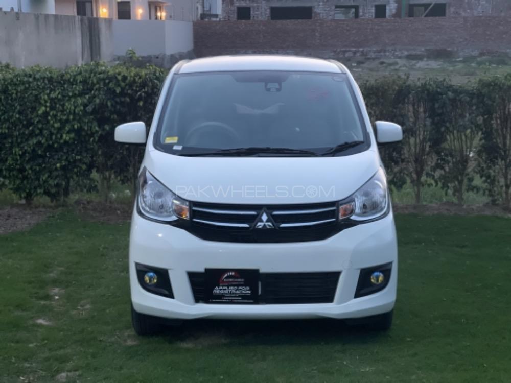 Mitsubishi Ek Wagon M e-Assist 2018 Image-1