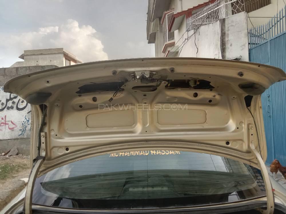 ٹویوٹا کرولا GLi 1.3 VVTi 2011 Image-1
