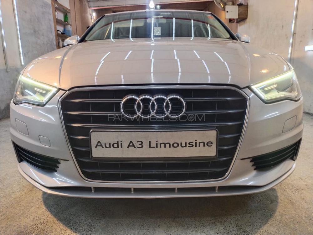 Audi A3 1.2 TFSI Exclusive Line 2015 Image-1