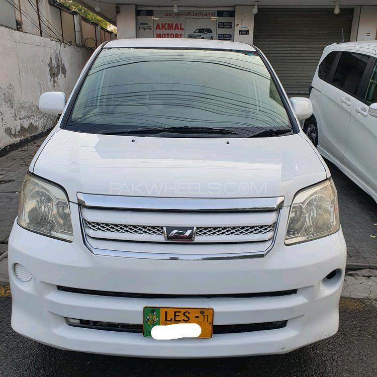 Toyota Noah S 2005 Image-1