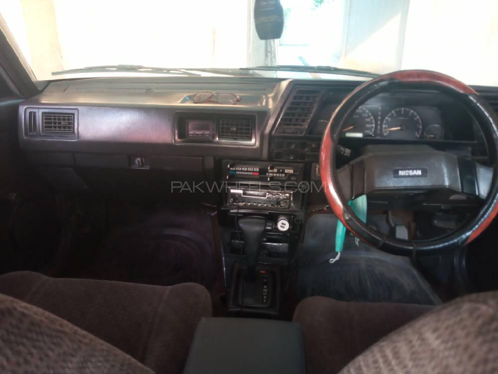 Nissan Sunny EX Saloon Automatic 1.6 1986 Image-1
