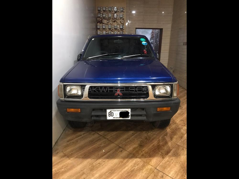 Mitsubishi L200 1996 Image-1