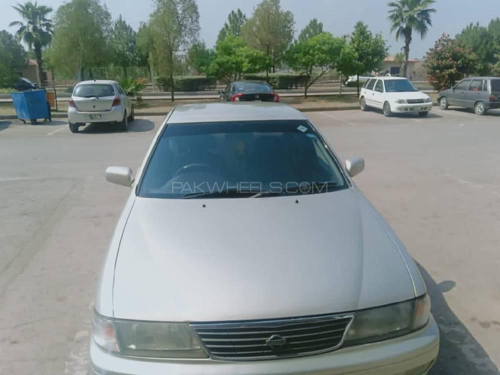 Nissan Sunny EX Saloon Automatic 1.6 1997 Image-1