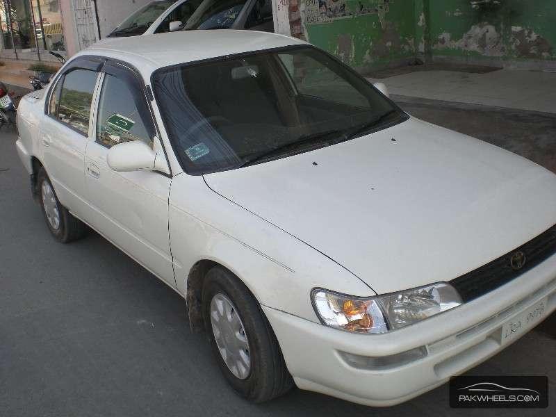 Toyota Corolla 2.0D 2002 Image-2