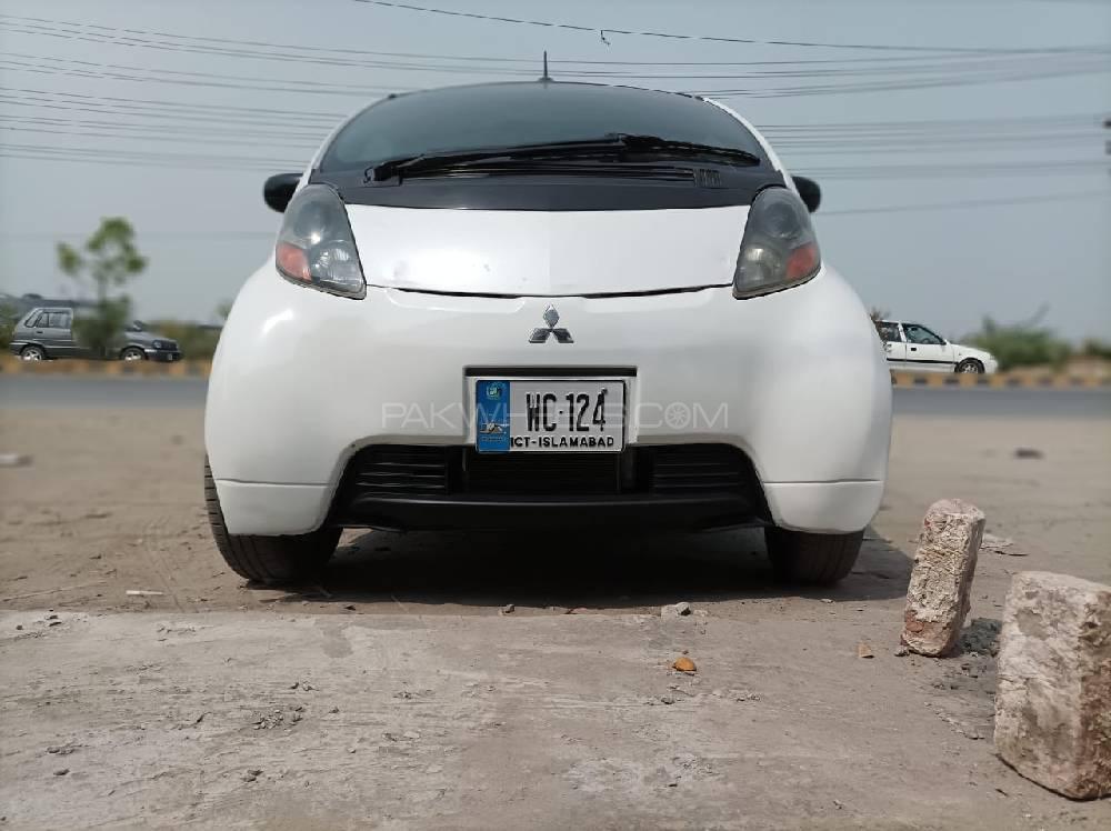 Mitsubishi I G 2012 Image-1