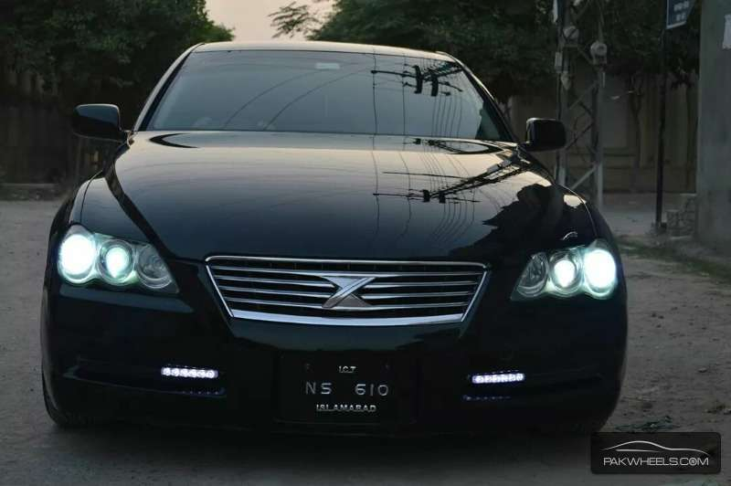 Cars For Sale In Pakistan >> Toyota Mark X 250G Relax Selection Black Leather Limited 2004 for sale in Peshawar | PakWheels