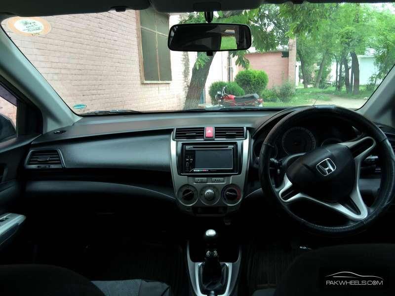 Honda City i-VTEC 2010 Image-3