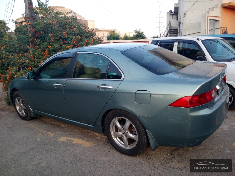 honda accord cl7 2004 for sale in lahore pakwheels. Black Bedroom Furniture Sets. Home Design Ideas