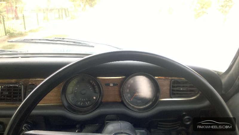 Mazda Luce 1970 Image-7