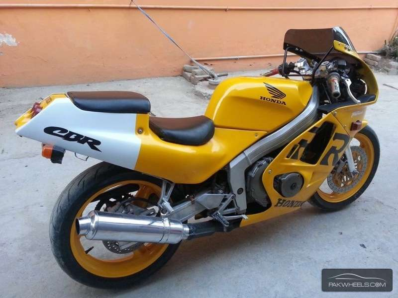 Sports Bike for a noob- suggestions please - honda cbr250 rr 1999 5523373