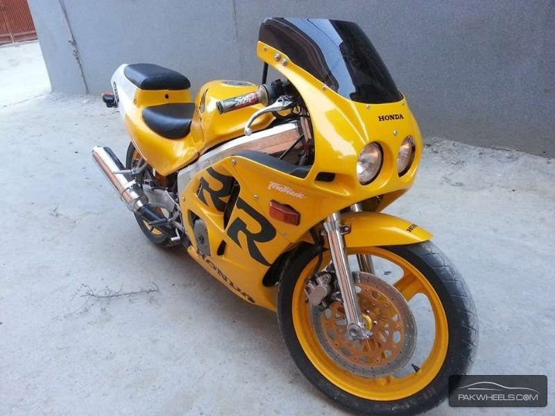Sports Bike for a noob- suggestions please - honda cbr250 rr 1999 5523375