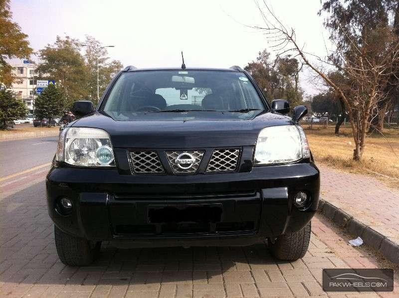 Nissan X Trail 2.5 LE Automatic 2005 Image-1