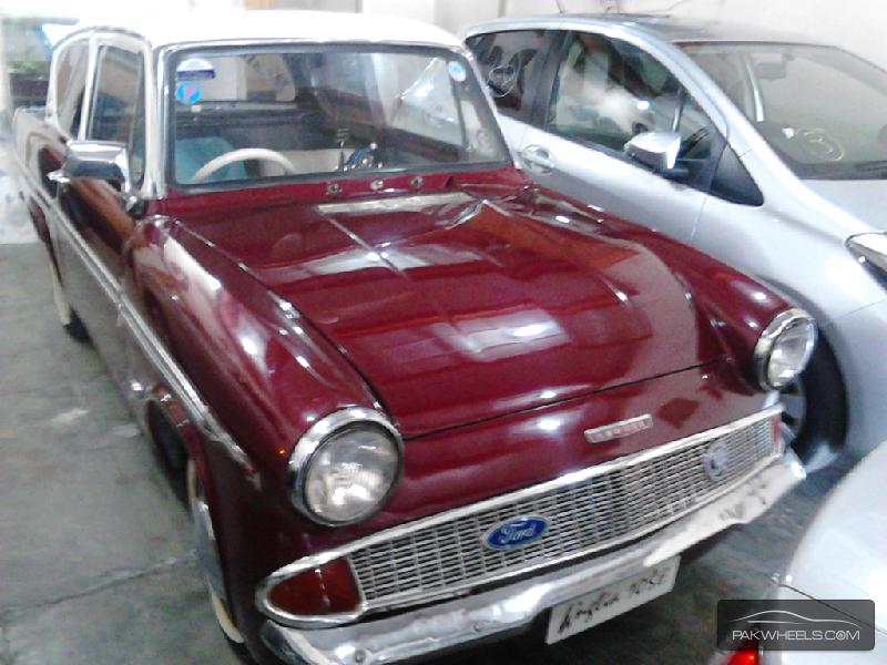 Ford Anglia 1964 Image-1