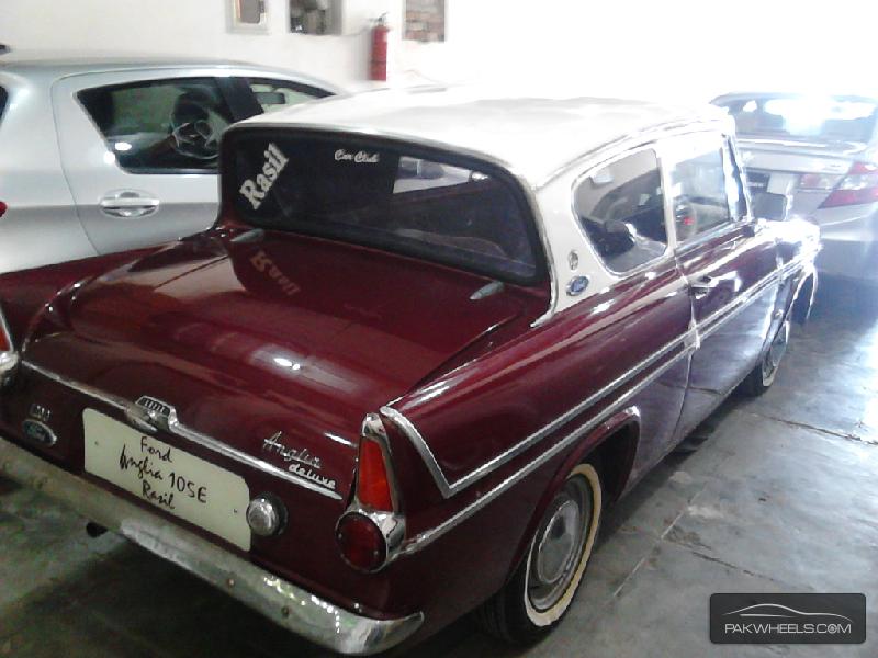 Ford Anglia 1964 Image-3