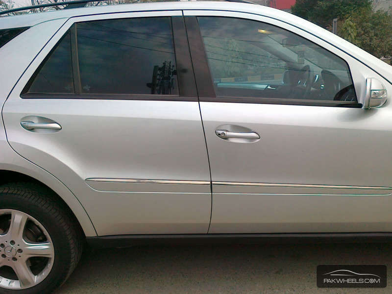 mercedes benz m class ml 320 cdi 2006 for sale in lahore pakwheels. Black Bedroom Furniture Sets. Home Design Ideas